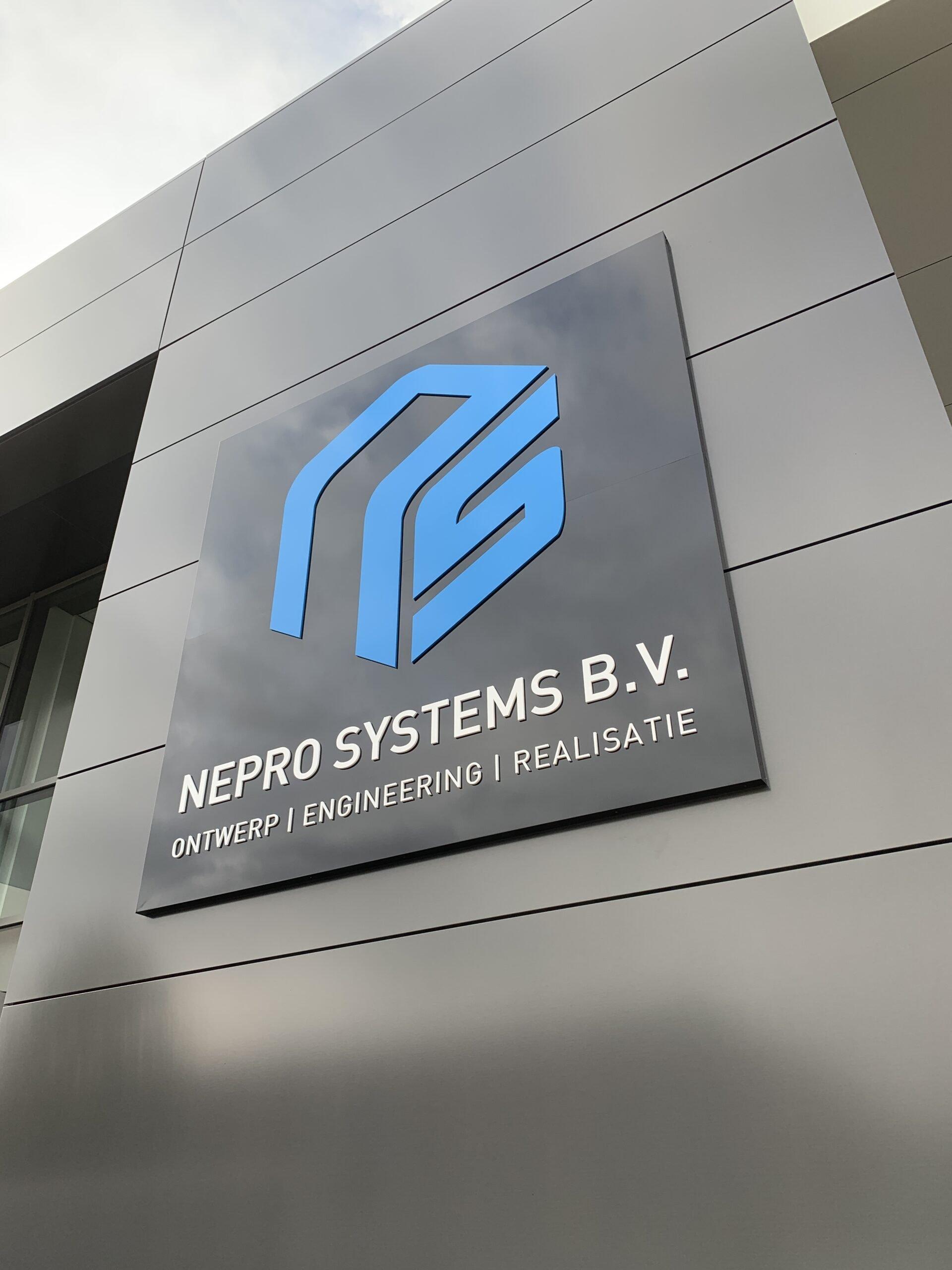 13 Nepro Systems BV Gevelbord